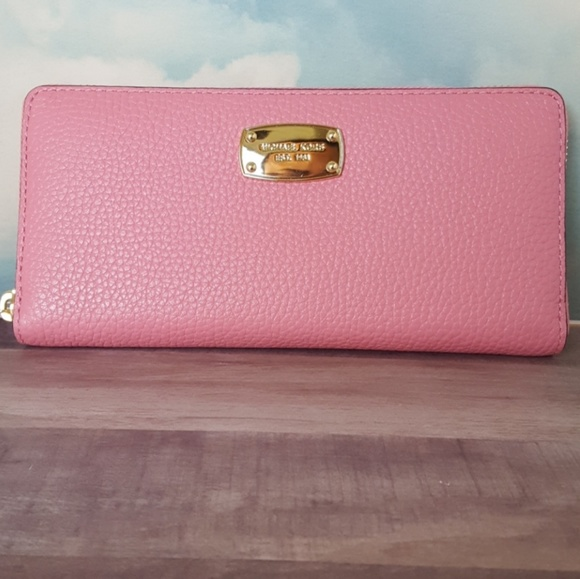 28f53c2ba08c Michael Kors Continental Wallet Misty Rose NWT